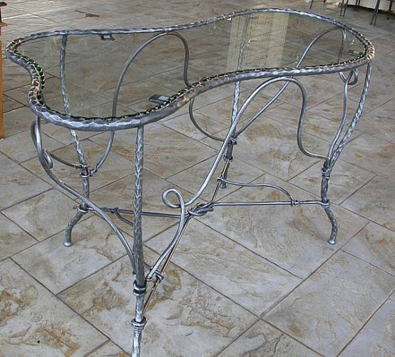 dining-table-glass-wrought-iron-bt16-2