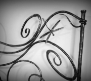 dragonfly-wrought-iron-bed-02
