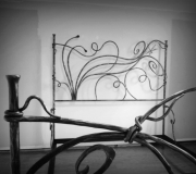 dragonfly-wrought-iron-bed-03