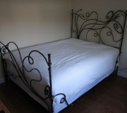 dragonfly-wrought-iron-bed-04