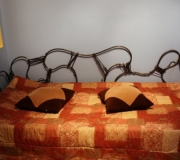 wrought-iron-bed-bb08-01