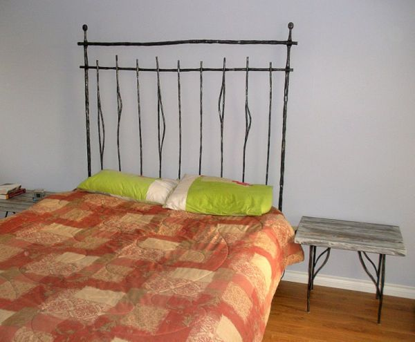 wrought-iron-bed-02