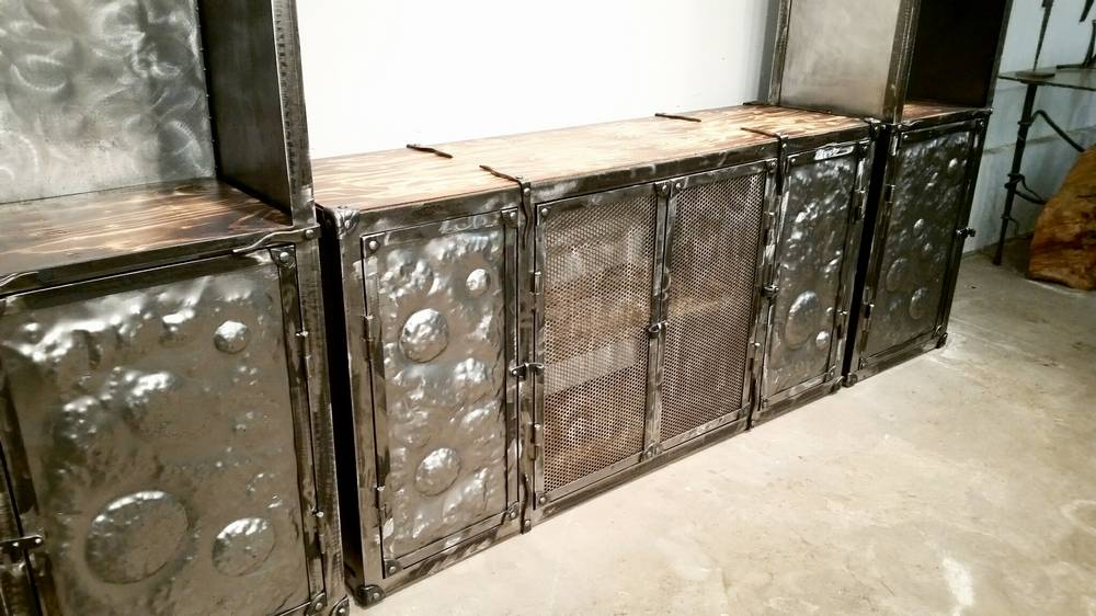 wrought-iron-tv-furniture-03