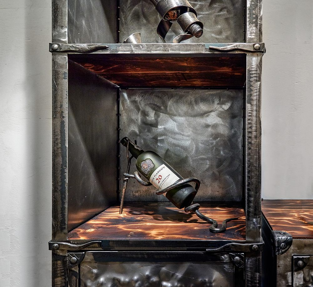 wrought-iron-tv-furniture-042